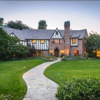 selling a home by a famous architect