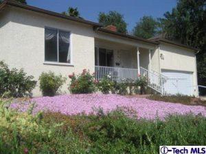 old fairesta exterior, la cresecenta real estate listing